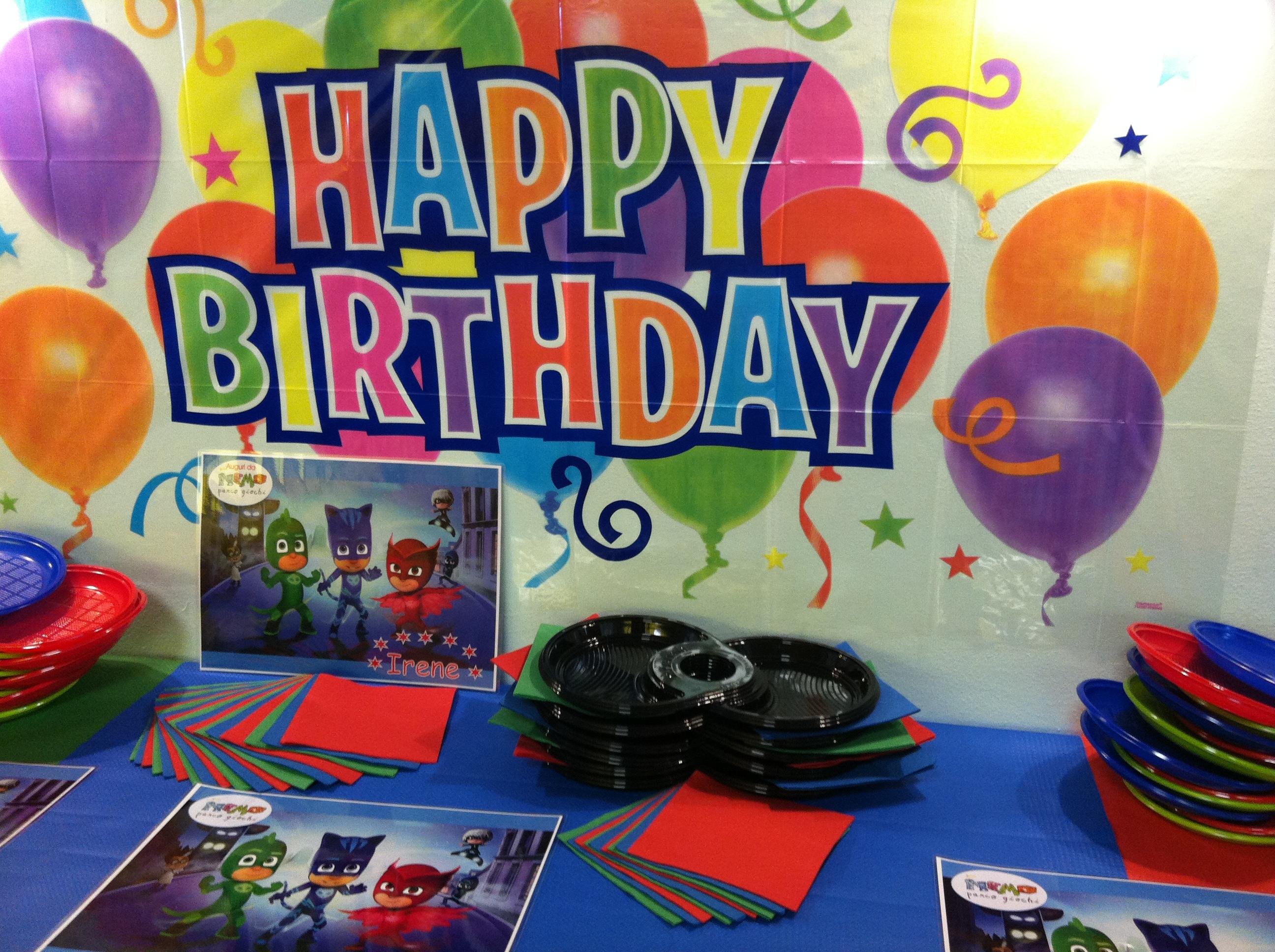 Piatti di plastica usa e getta per feste di Compleanno